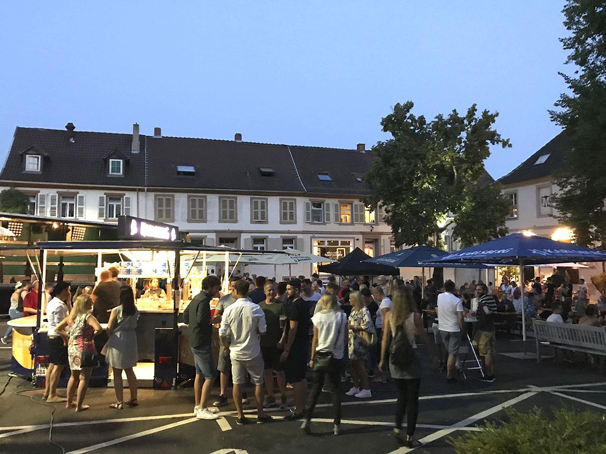 Franz Fest Besucher zu später Stunde